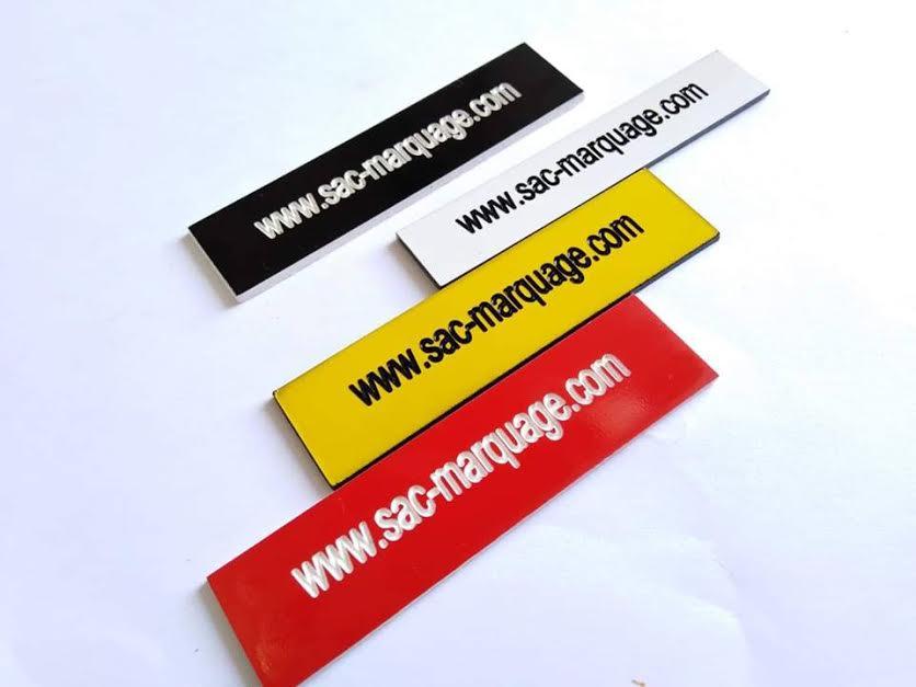 tag en PVC avec marquage