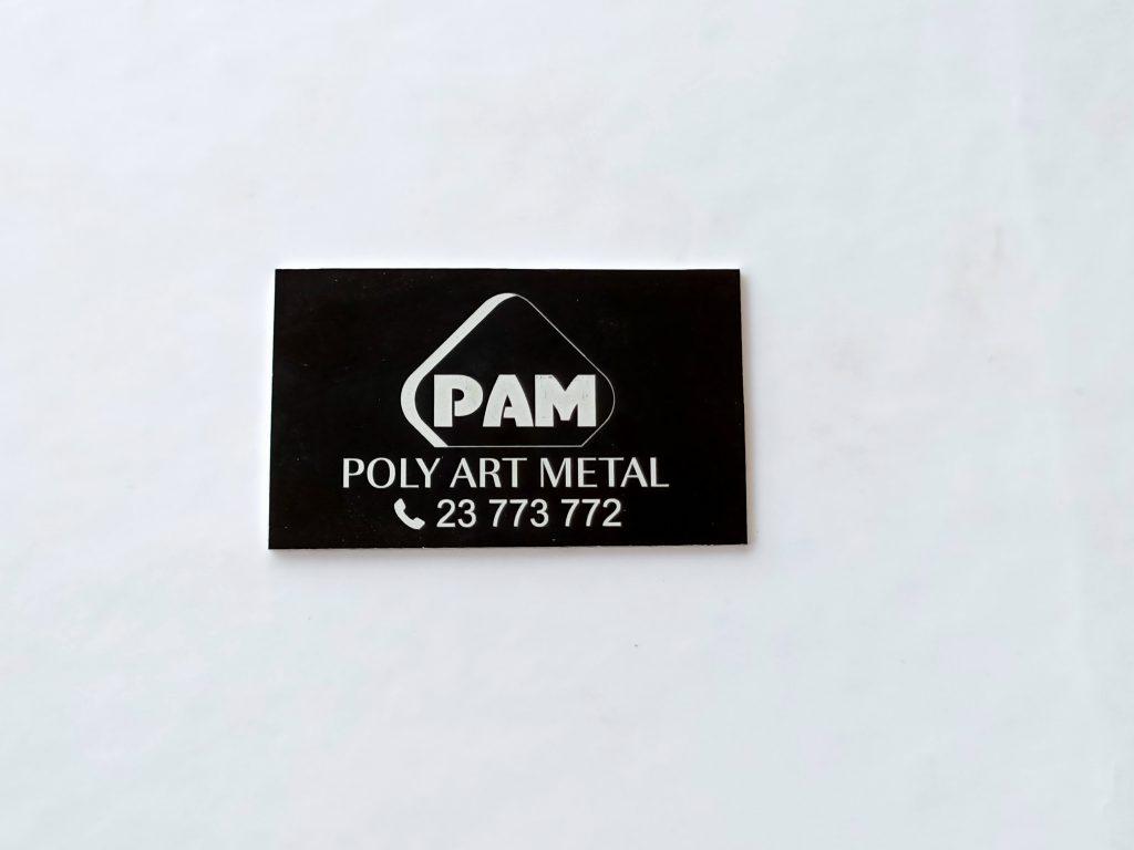 plaque de logo sur aluminium anodisé couleur